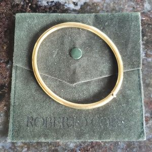 💯Authentic Roberto Coin 18k hinge bangle